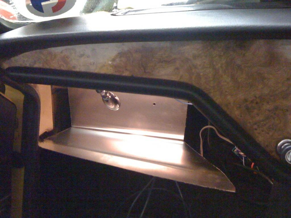 bending glove box