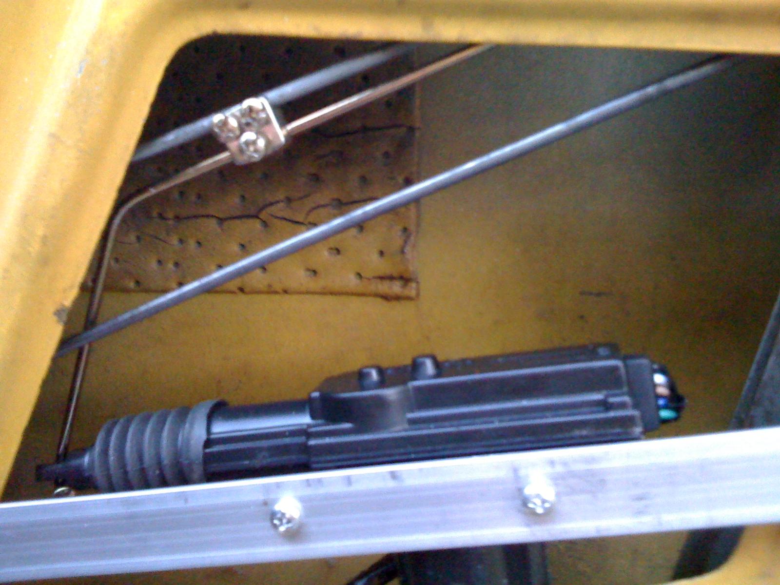 spitfire central locking brackets